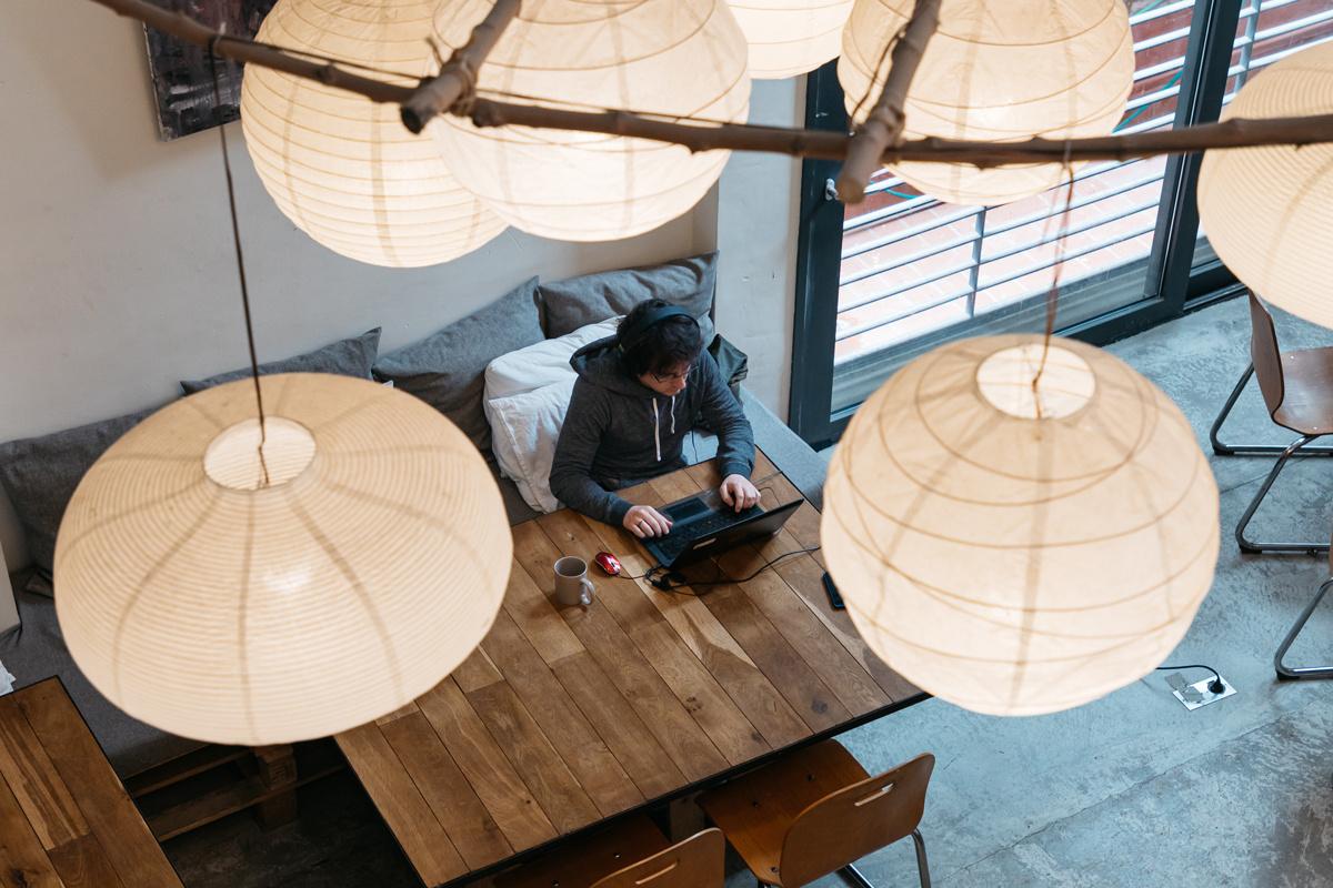 Empresas 100% digitales: cómo trabajar en una empresa sin oficina