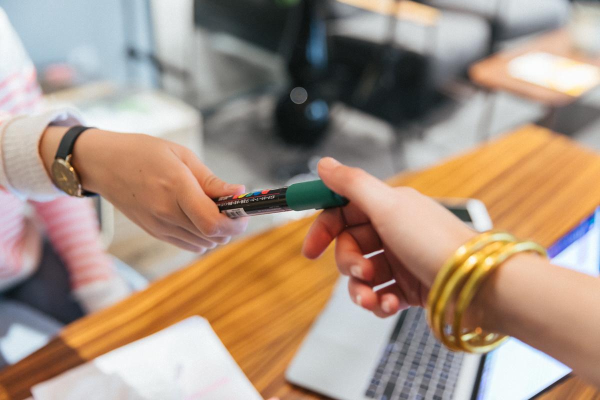 «Vendez-moi ce stylo » comment réussir l'exercice en entretien ?