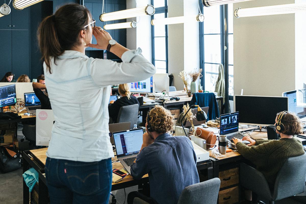 S'engager au bureau : conseils et exemples