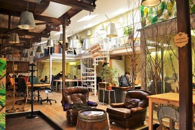 top 20 espaces de coworking paris. Black Bedroom Furniture Sets. Home Design Ideas