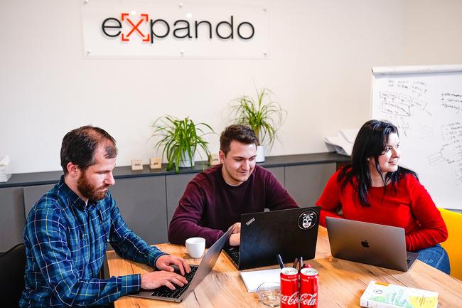 EXPANDO
