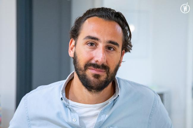 Rencontrez Julien, CEO - Monet + Associés