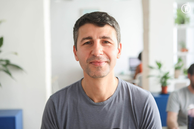 Rencontrez Georges, Co-fondateur - HUH Corporate