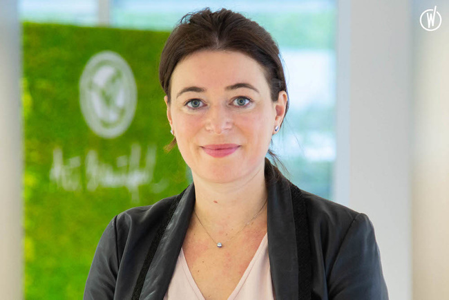 Meet Anne Sophie, District Manager YR France - Yves Rocher