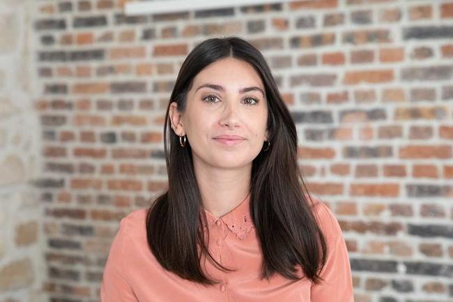 Rencontrez Elsy, Social Media Manager - Caudalie