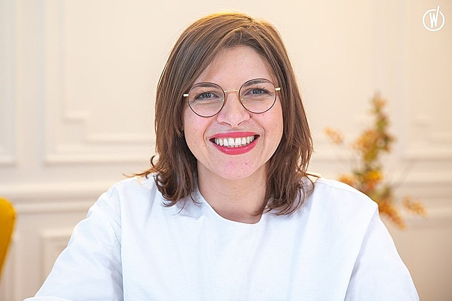 Rencontrez Nadra, Directrice Commerciale  - Shortlinks