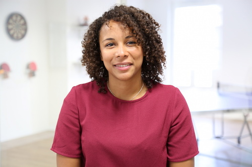 Rencontrez Maéva, Consultante en recrutement Senior