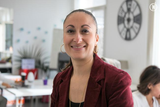 Rencontrez Nadia, Industry Talent Recruiter - RH Performances