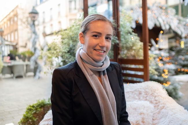 Rencontrez Julie, Manager Séminaires & Banquets