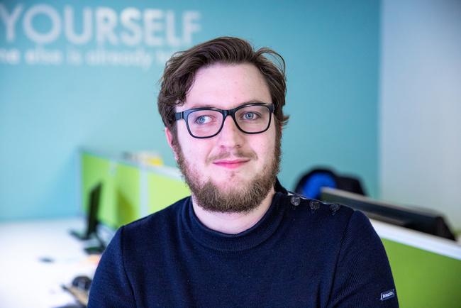 Rencontrez Adrien, Consultant Cloud DevOps