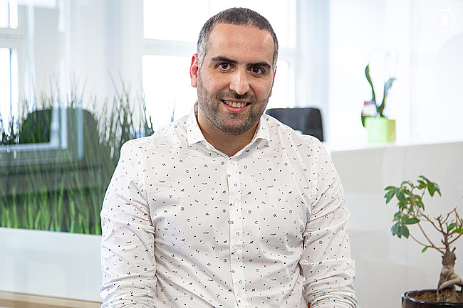 Rencontrez Adem, Directeur de projet - Associé - Amelkis
