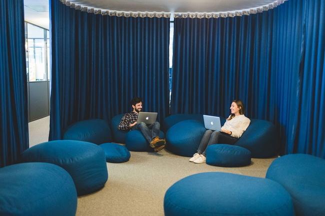 Visite à 360° des bureaux de BAP