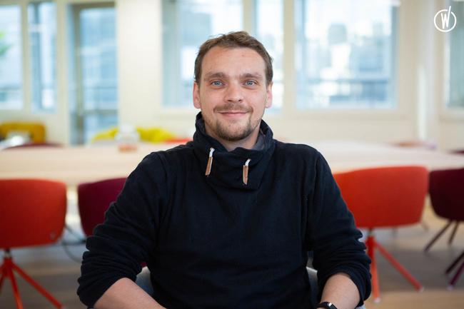 Rencontrez Romain, Développeur Web - Comme J'aime