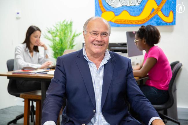 Rencontrez Bernard, Co-Fondateur - Groupe Café Oz
