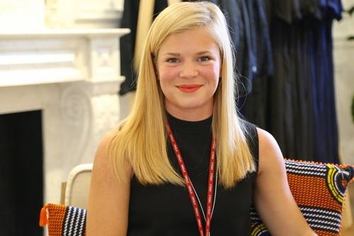 Rencontrez Nikolina, Flagship Store Manager
