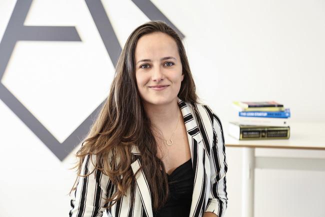 Rencontrez Marie-Adélie, Analyste Venture Capital - ANGELSQUARE