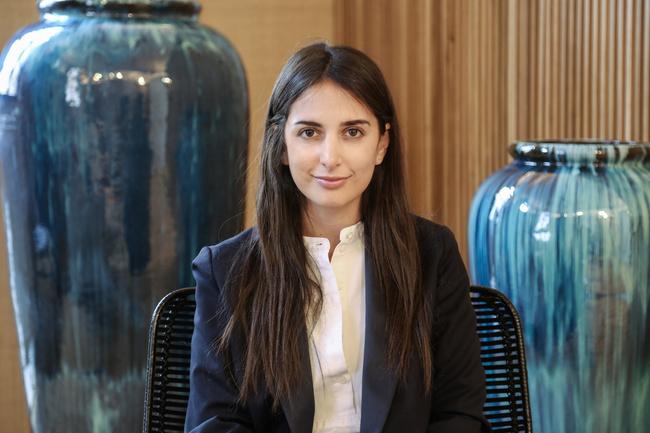 Rencontrez Joanna, Public Relations Director