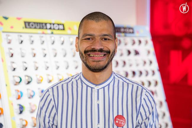 Rencontrez Filipe, Vendeur  - Branche Horlogère du groupe Galeries Lafayette