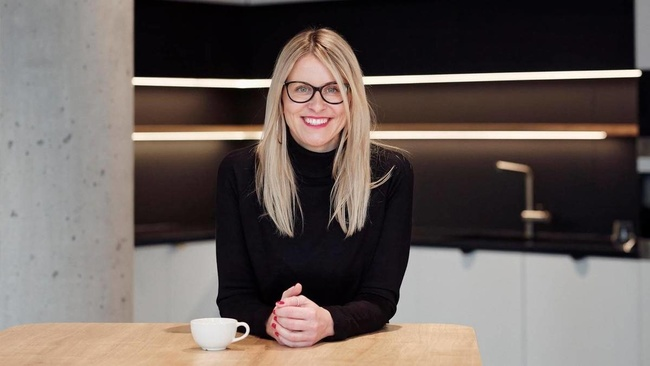 Lenka Wohlmutová, Acquisition Team Manager