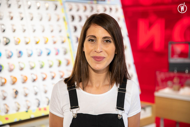 Rencontrez Yamina, Responsable Magasin - Branche Horlogère du groupe Galeries Lafayette