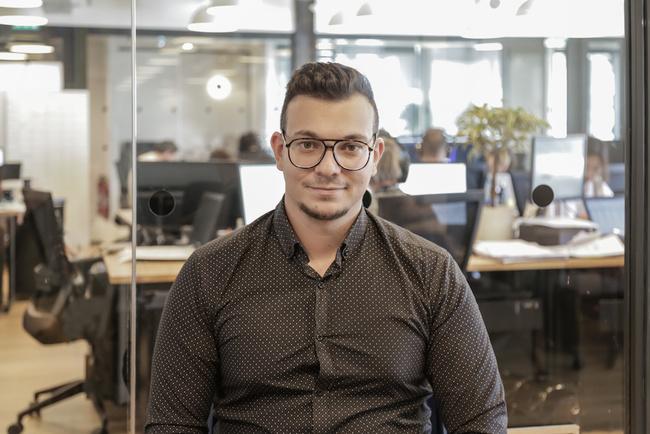 Rencontrez Karim, Directeur Service Clients & Fidélisation