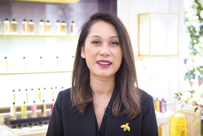 Rencontrez Julie, Responsable Boutique - Guerlain