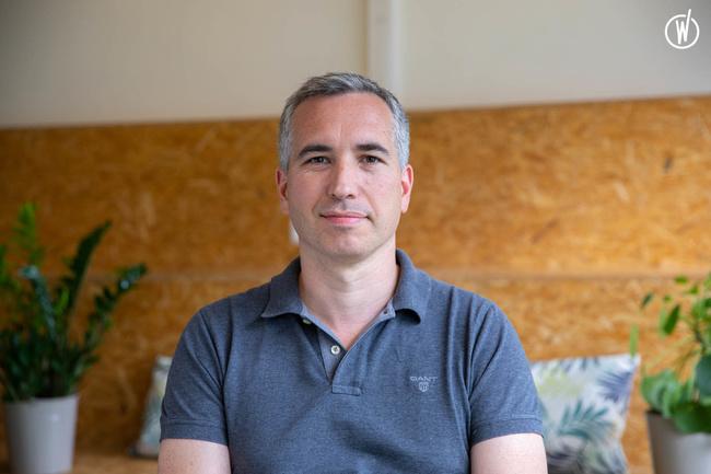 Rencontrez Yann, Directeur Général