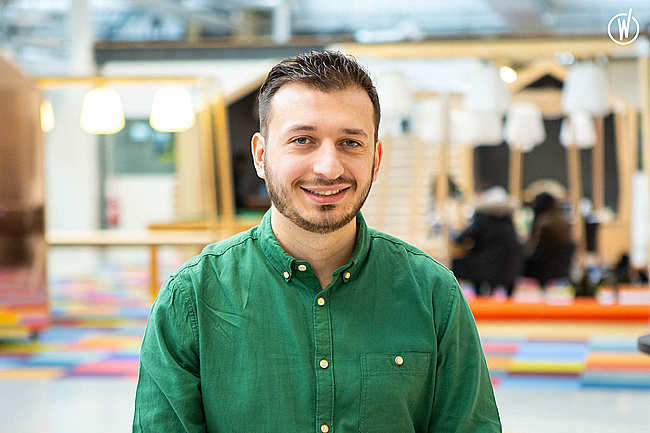Rencontrez Elias, Architecte Web  - La Mobilery