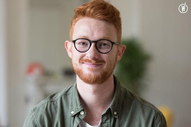 Rencontrez Léo, Responsable Marketing - Ignition Program