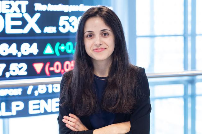 Meet Flavia, Business Analyst