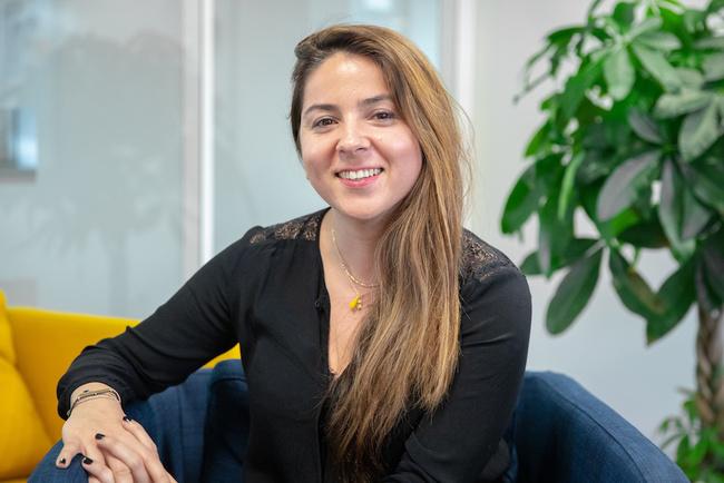 Rencontrez Selma, Responsable de l'Offre - RATP Smart Systems