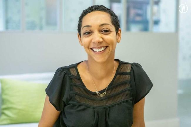 Rencontrez Caroline, Directrice adjointe Relation clients - Voyageurs du monde