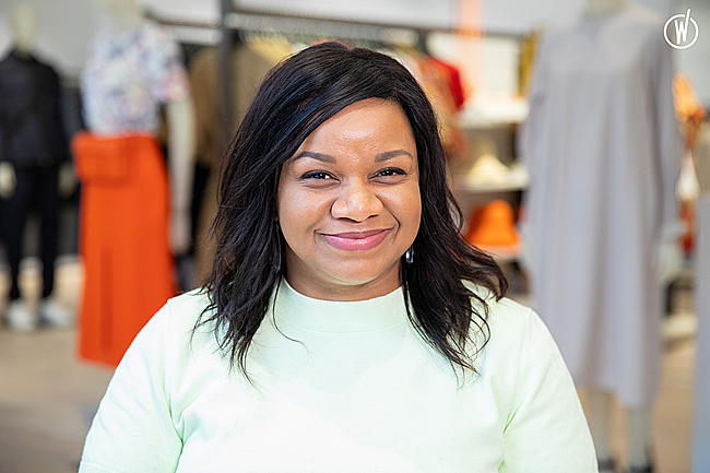 Rencontrez Marie-Laurence, Store Manager - COS