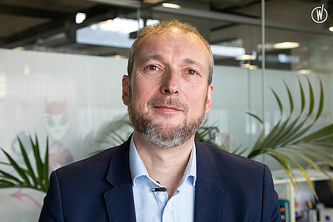 Rencontrez CLAUDE SENGER, Directeur Général - Nouveau Monde