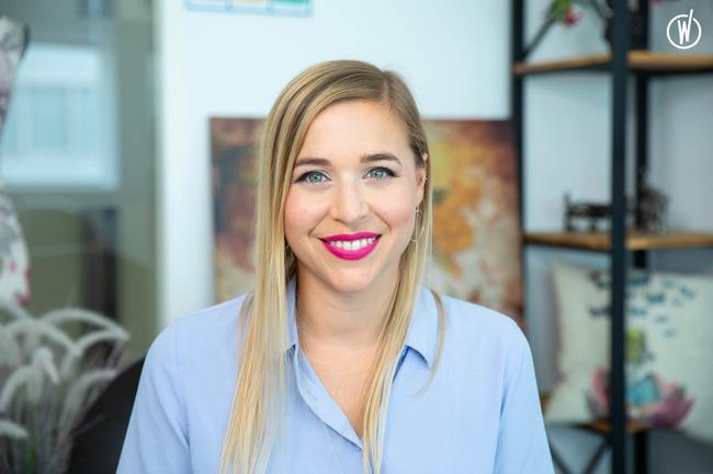 Rencontrez Sandrine, Chargée de Marketing et de Communication