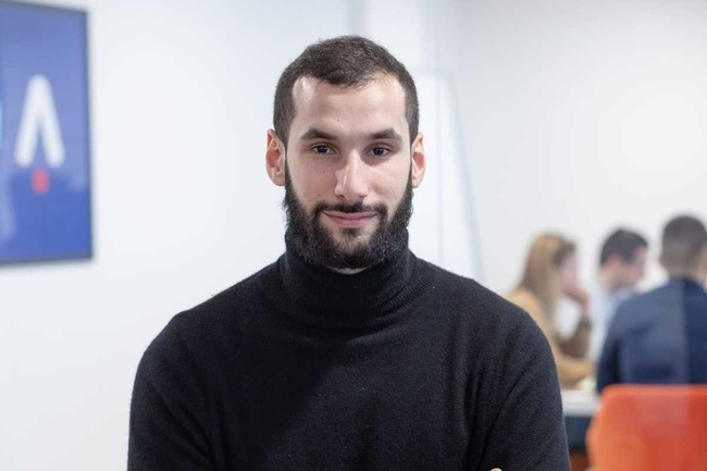 Rencontrez Yannis, CEO & Co-founder