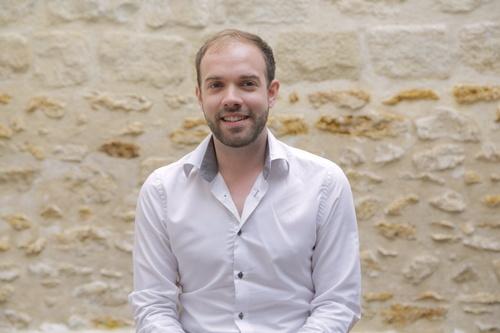 Rencontrez Julian, Consultant Stratégie & Technologie