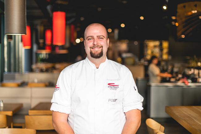 Poznej Tomáše Cikharta, Asistenta kreativního šéfkuchaře - Perfect Canteen
