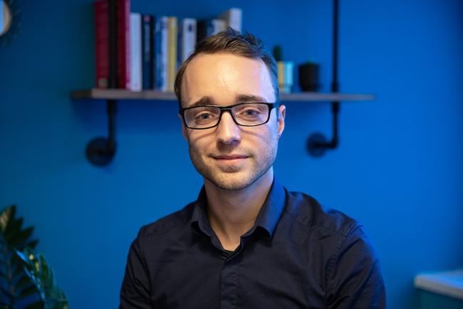 Rencontrez Julien, Développeur Web - Groupe TRAVELFACTORY