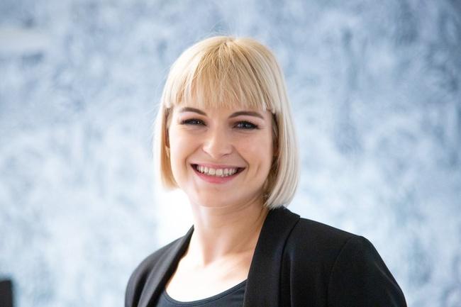 Rencontrez Laure, Consultante Senior