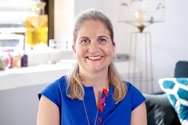 Rencontrez Emmanuelle, Directrice des Ressources Humaines Guerlain - Guerlain