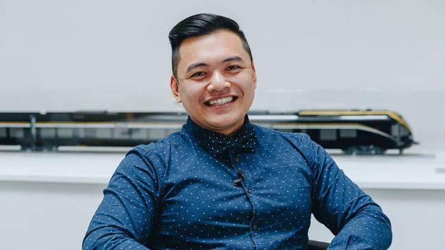 Nguyen Phuc, Asistent technického ředitele