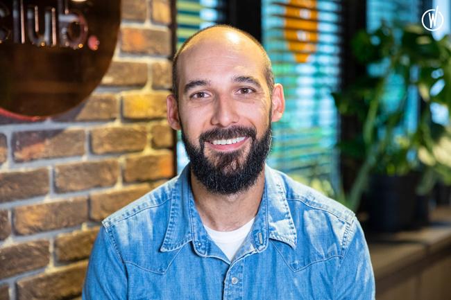 Rencontrez Maxime, Senior Creative Director - Lonsdale