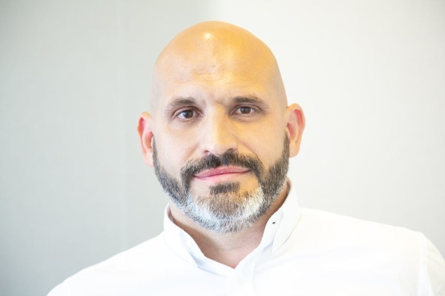 Conoce a Isaac, Sales Retail Manager - Alain Afflelou