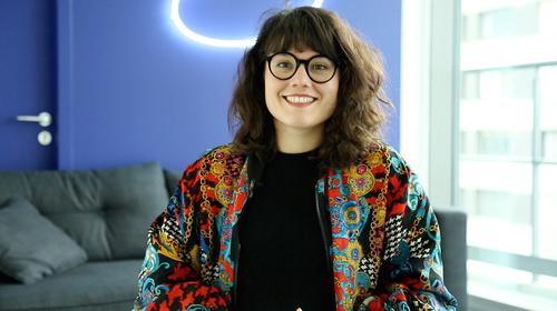 Rencontrez Camille, UX/UI Designer, Chef de Projet