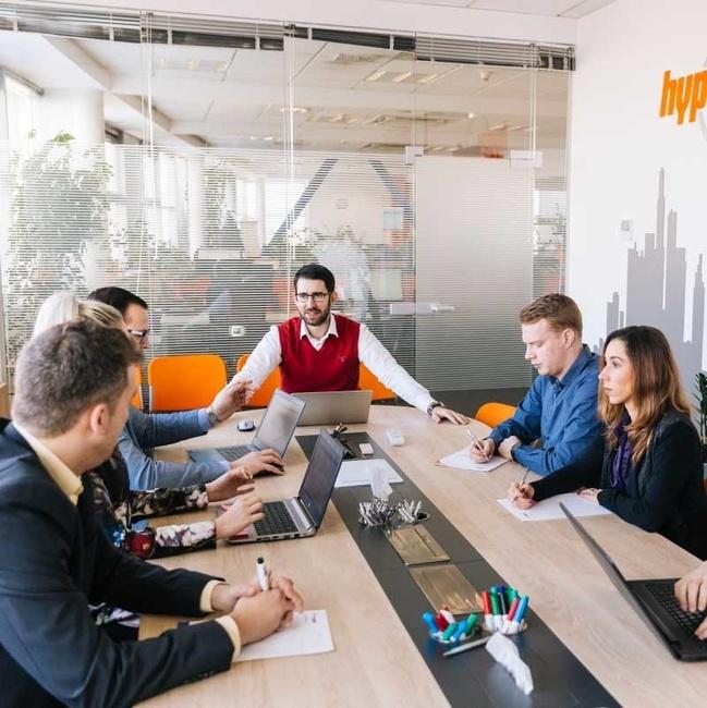 Komunikace s klienty - HyperMedia