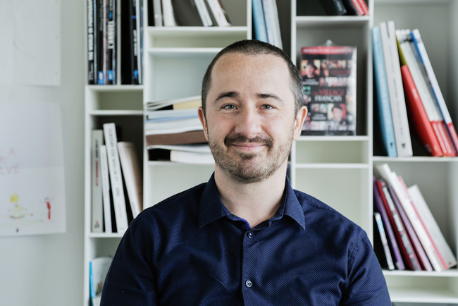 Meet Yannick, Head of the IT and Editorial Systems Department - Agence France-Presse