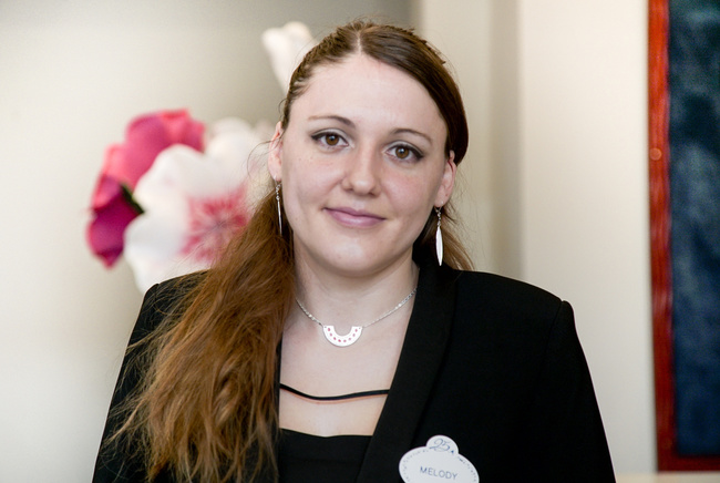Rencontrez Melody, Analyste informatique études - Disneyland® Paris