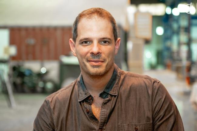 Rencontrez Xavier, Responsable des développement réseau manufacture