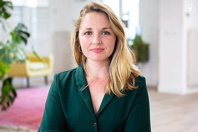 Rencontrez Julie, Influence manager - Monet + Associés